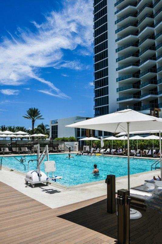 Hotel Eden Roc Miami Beach Renaissance Resort Spa