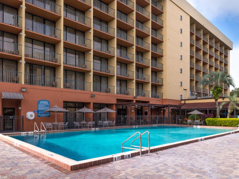 Holiday Inn Maingate East Cheap Vacations Packages Red