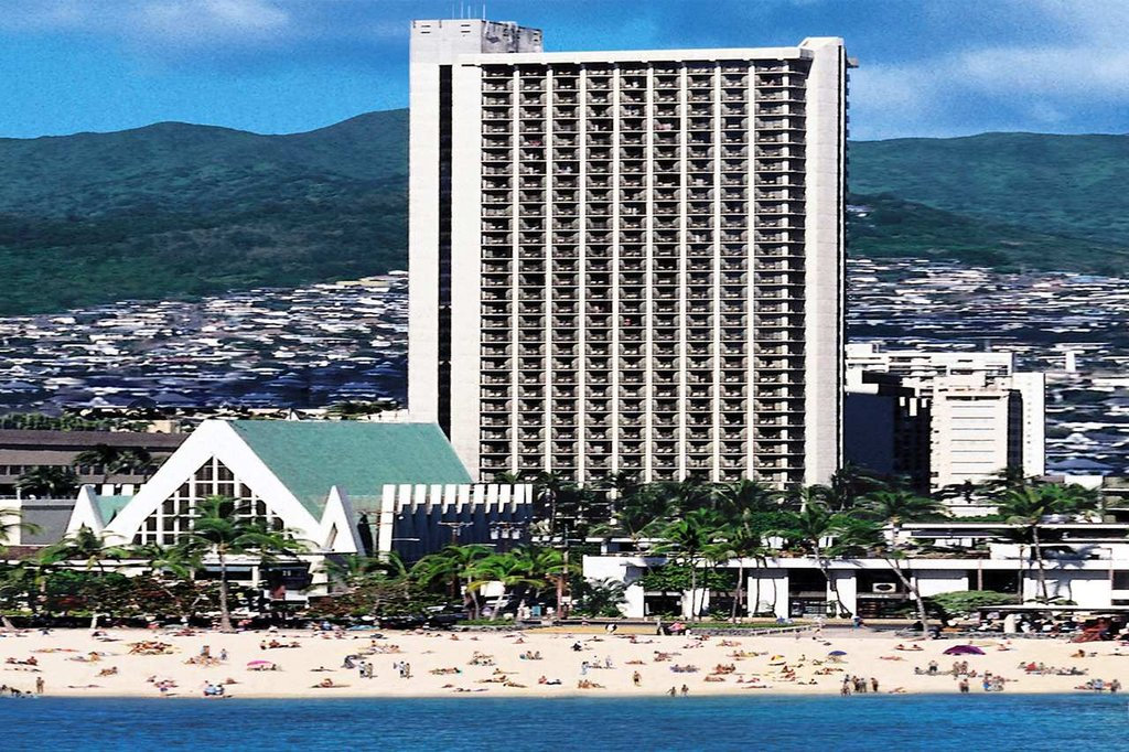 hilton waikiki beach cheap vacations packages red tag vacations