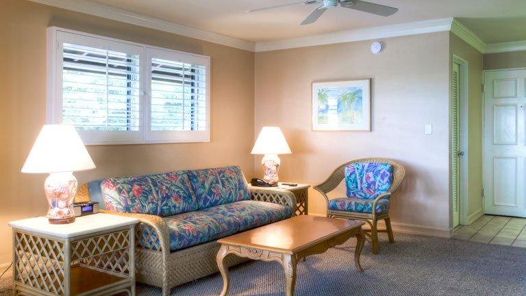 Royal Lahaina Room Service