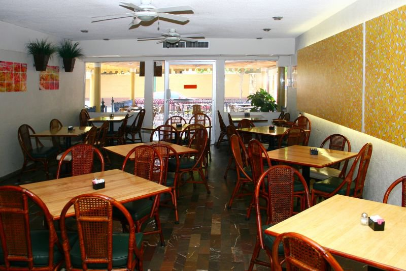 Azteca Inn Cheap Vacations Packages