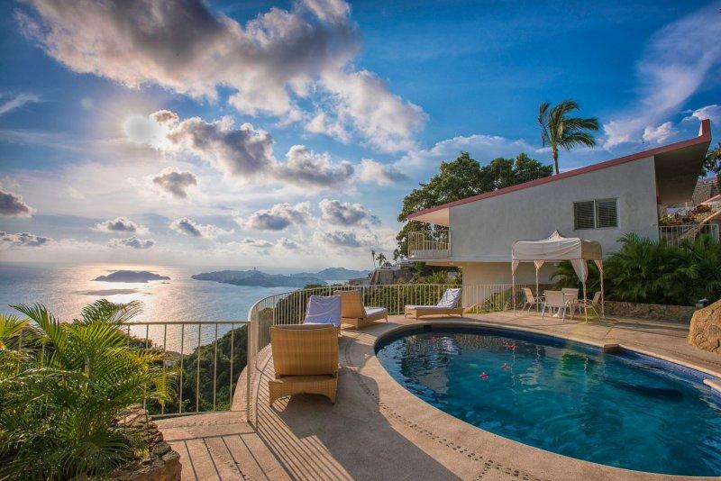 Las brisas acapulco cheap vacations packages red tag - Hotel las gaunas en logrono ...
