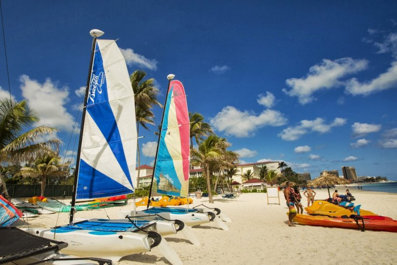 Breezes Bahamas Cheap Vacations Packages Red Tag Vacations