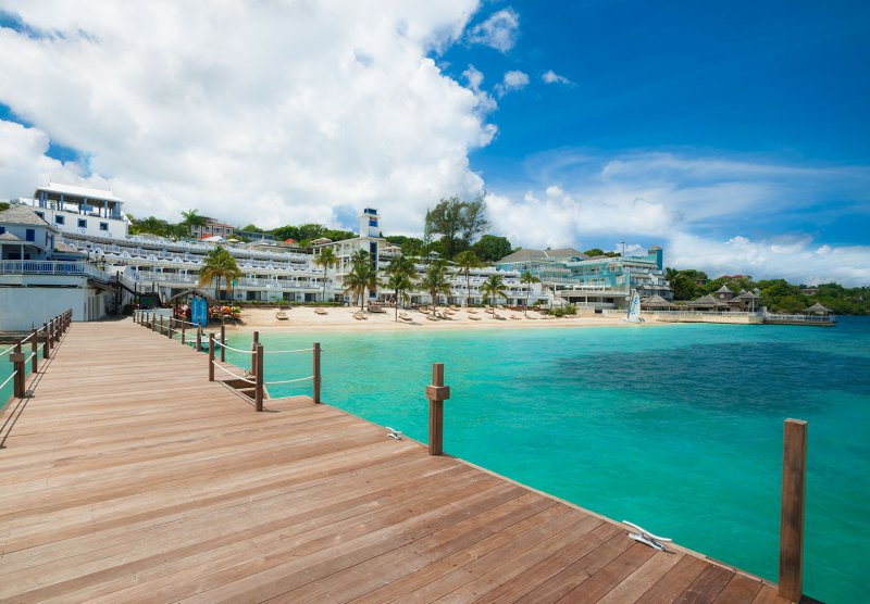 Beaches ocho rios cheap vacations packages red tag vacations for Best spa vacation packages