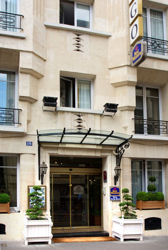 Vacation Deals To Best Western Victor Hugo Paris