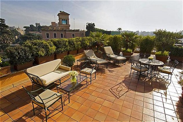 Intercontinental de la ville roma cheap vacations packages for Rome hotel piscine