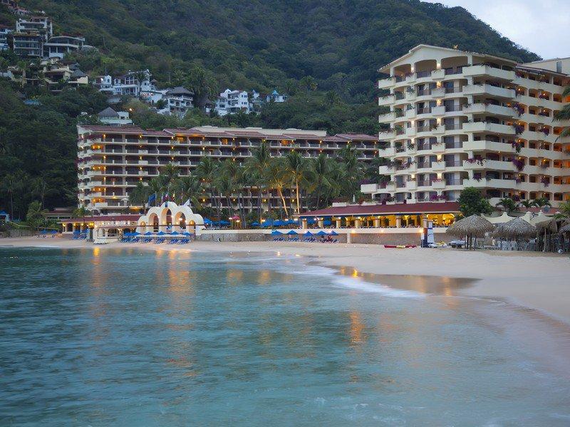 Jul 15, · Barcelo Puerto Vallarta: Barcelo hotel in Mismaloya, near Puerto Vallarta Mexico - See 5, traveler reviews, 3, candid photos, and great deals for Barcelo Puerto Vallarta K TripAdvisor reviews.
