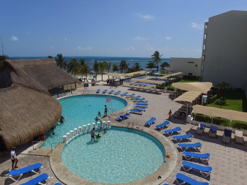 Aquamarina Beach Cheap Vacations Packages Red Tag Vacations