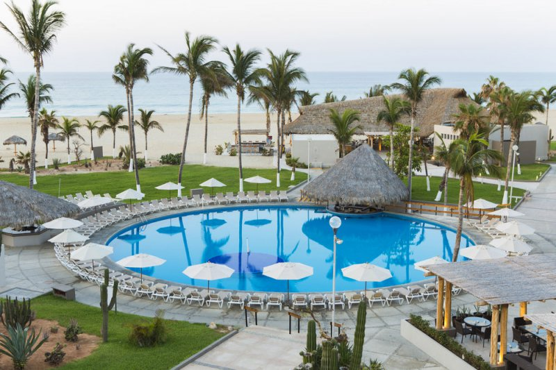 Holiday Inn Los Cabos Cheap Vacations Packages Red Tag Vacations