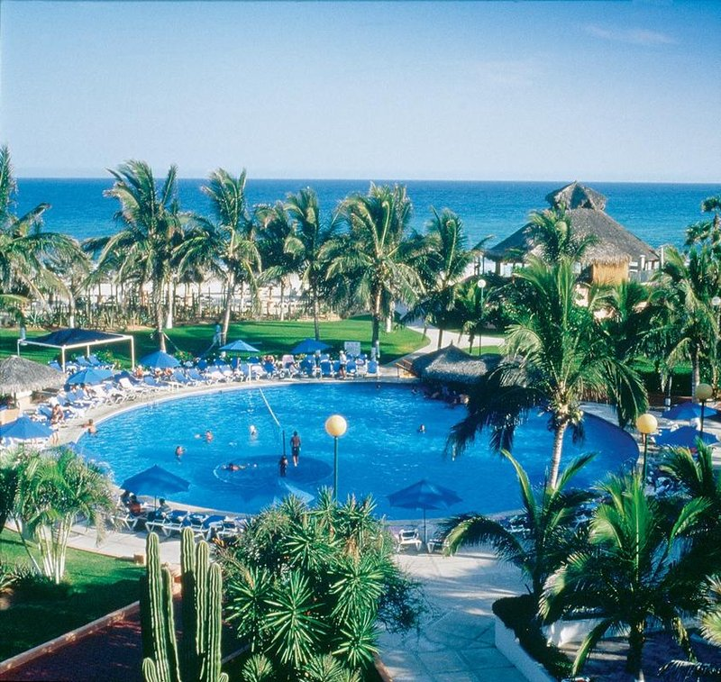 Christmas Travel Package Deals: Vacation Deals To HOLIDAY INN RESORT LOS CABOS