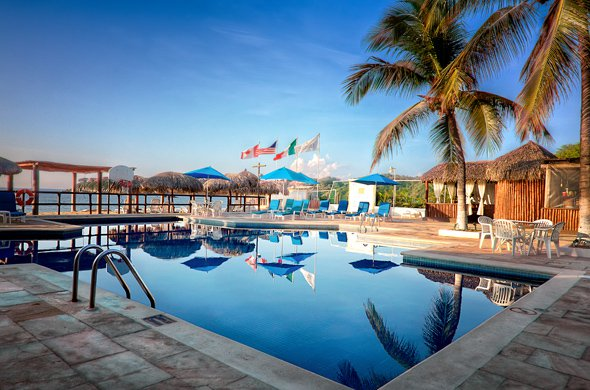 Crown Pacific Resort Cheap Vacations Packages Red Tag