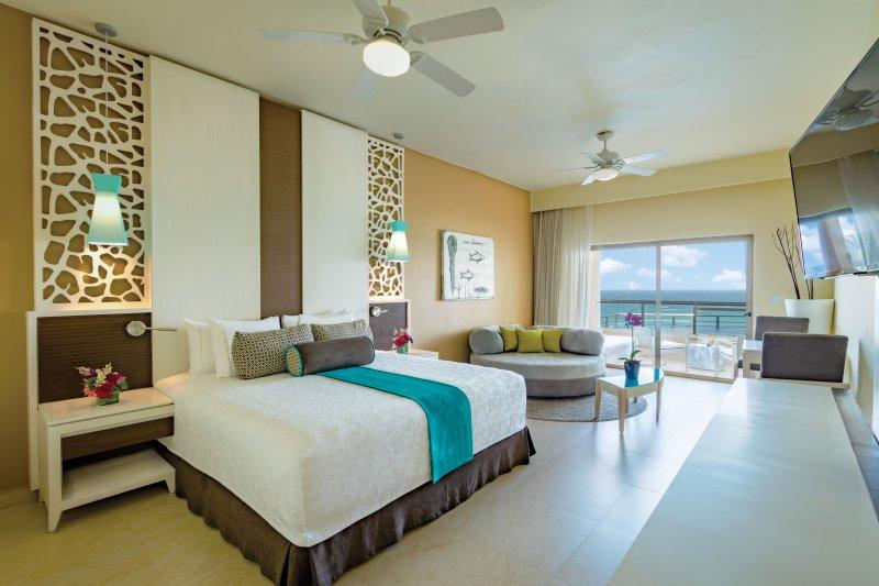 Cheap deals el dorado seaside suites