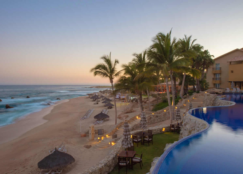Cabo San Lucas vacation packages include hotels and resorts that will enhance your vacation experience with luxurious amenities and features. Cabo resorts range from adult-only to family-friendly, and everything in between.