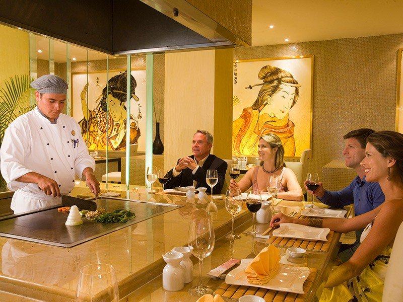Royal Hideaway Playacar Food Reviews