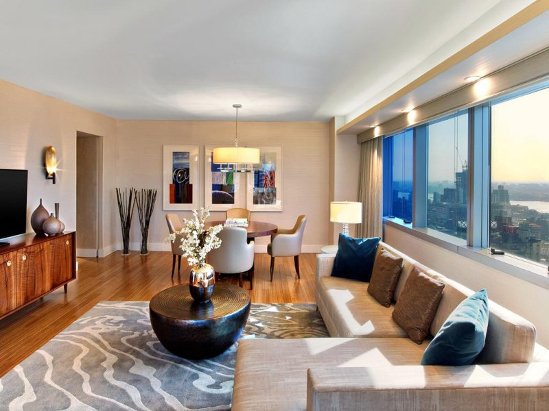 Cheap Hotels Around Times Square New York