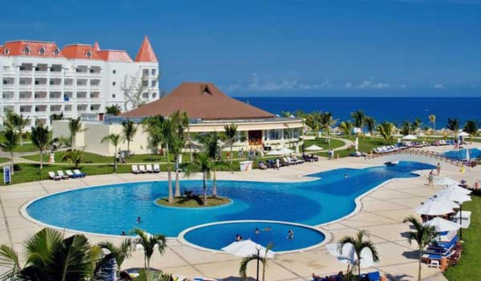 Vacation deals to grand bahia principe jamaica runaway for Hotel luxury jamaica