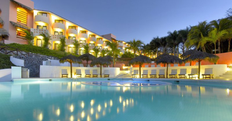 Grand palladium vallarta resort and spa cheap vacations for Best spa vacation packages