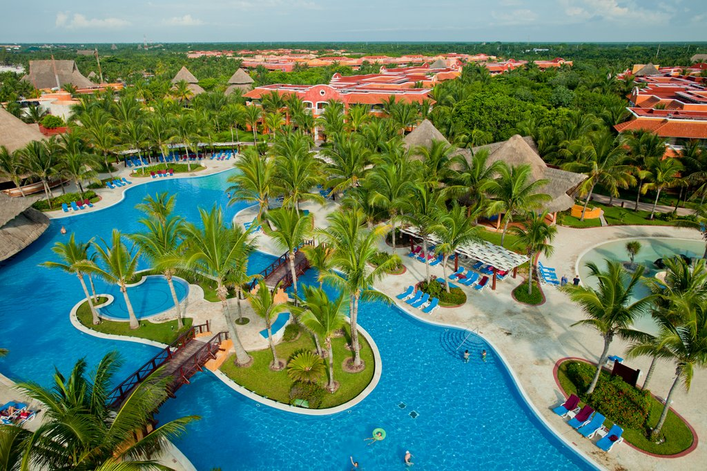 Barcelo Maya Colonial Beach Resort Cheap Vacations