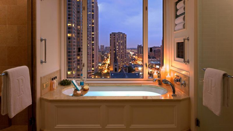 The peninsula chicago cheap vacations packages red tag for Cheap luxury hotels chicago