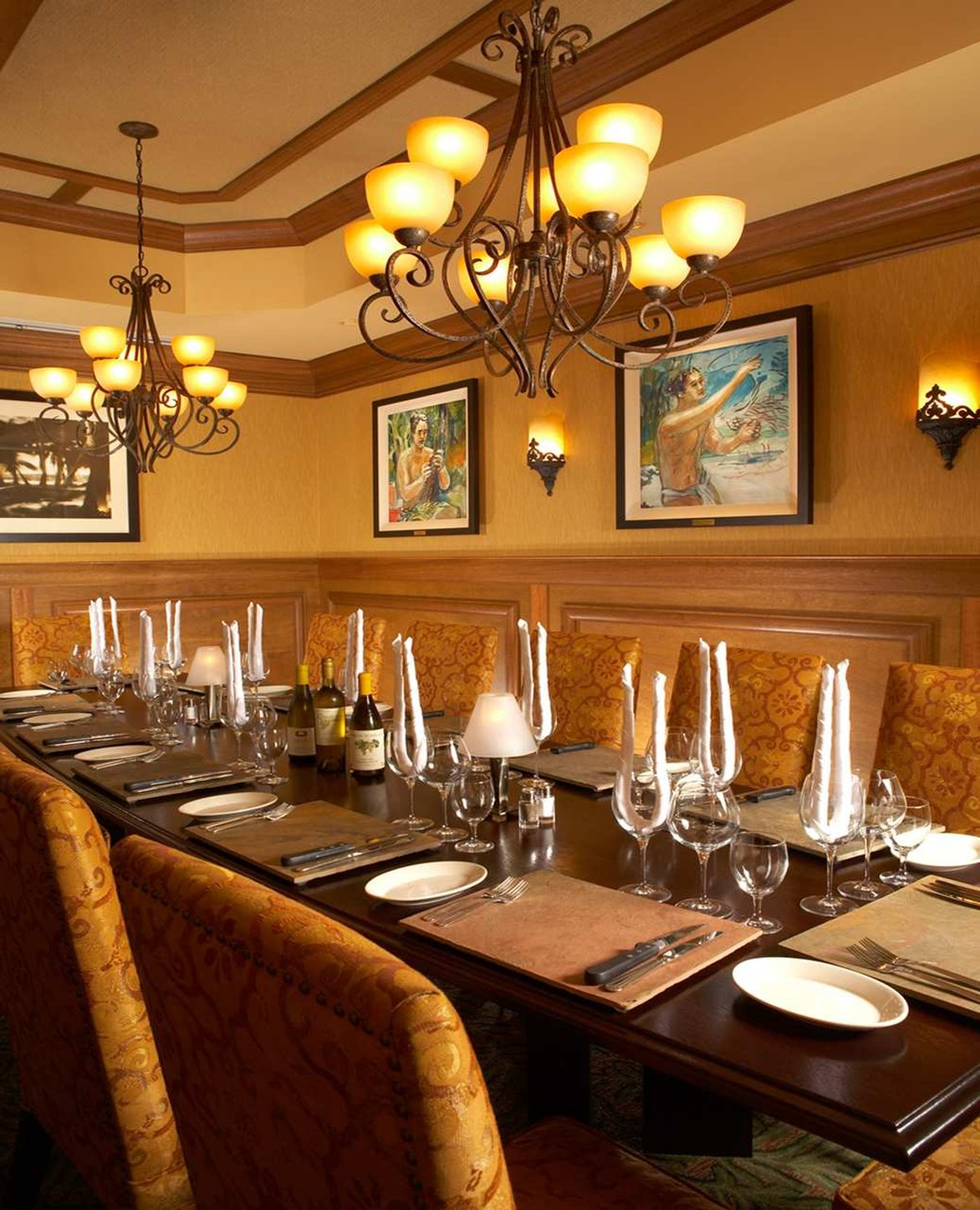 Embassy suites waikiki beach walk cheap vacations packages for Best private dining rooms honolulu