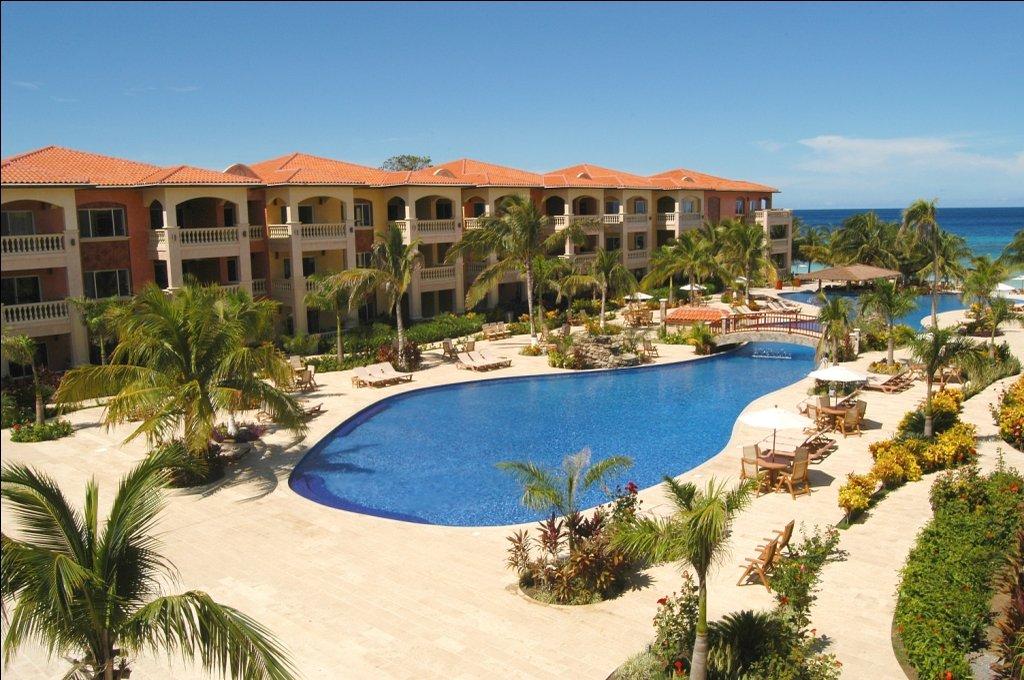 Infinity Bay Hotel Roatan