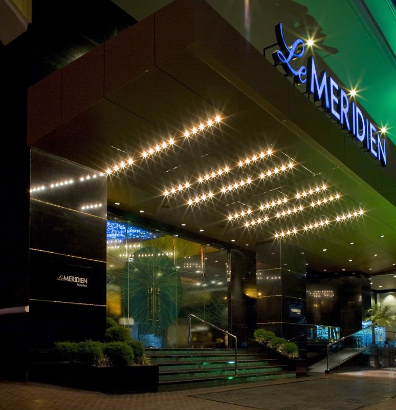 vacation deals to le meridien panama panama city vacation packages sunquest ca