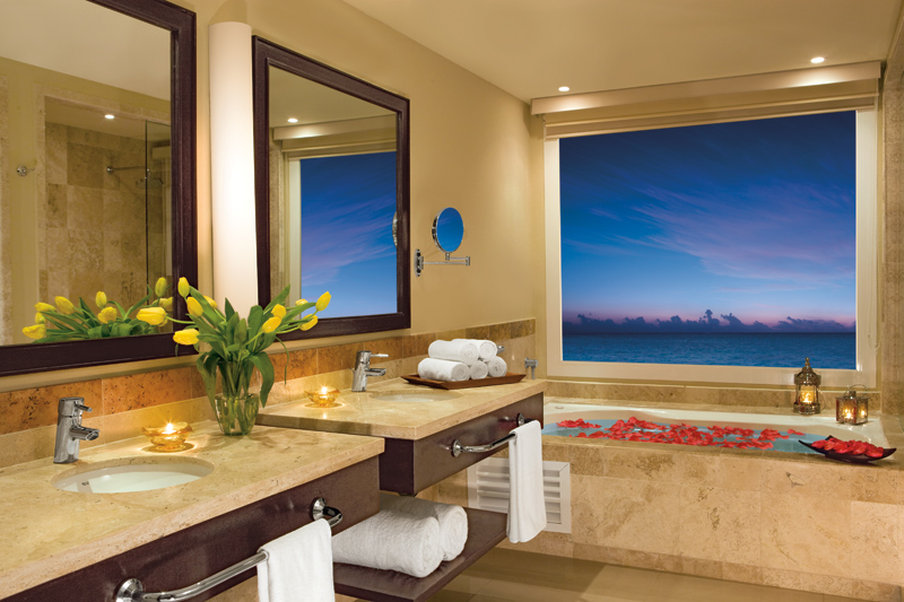 En Suite Bathrooms At The Cancun Resort In Las Vegas: Now Jade Riviera Cancun Cheap Vacations Packages