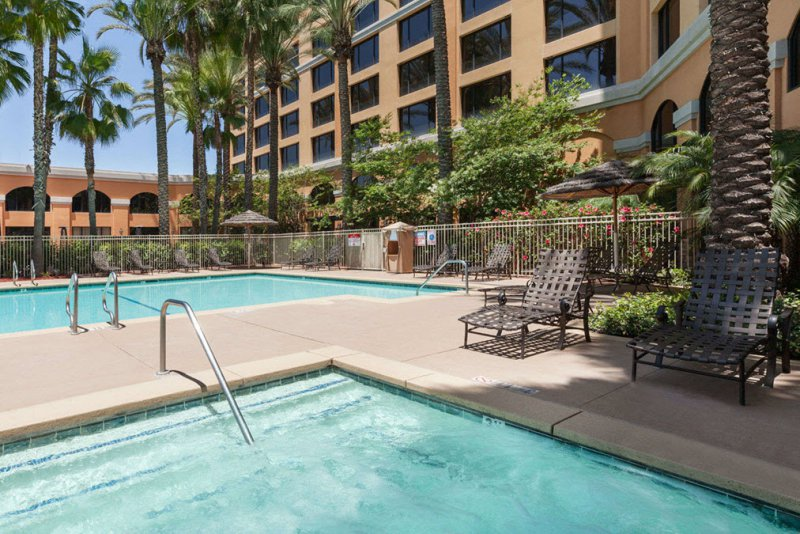 Wyndham anaheim garden grove cheap vacations packages red tag vacations for Days inn and suites garden grove