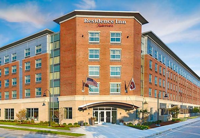 residence inn by marriott logan airport cheap vacations. Black Bedroom Furniture Sets. Home Design Ideas