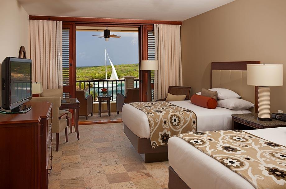 santa barbara beach and golf resort cheap vacations. Black Bedroom Furniture Sets. Home Design Ideas