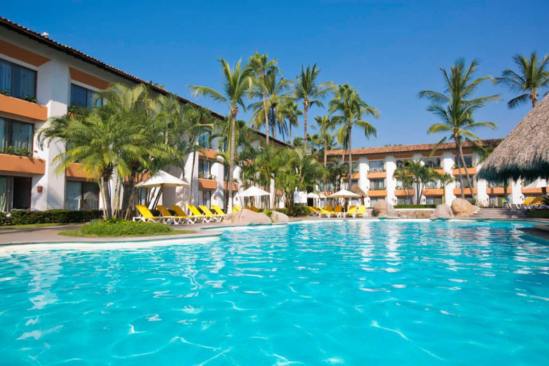 Plaza Pelicanos Club Beach Resort Cheap Vacations Packages Red Tag Vacations