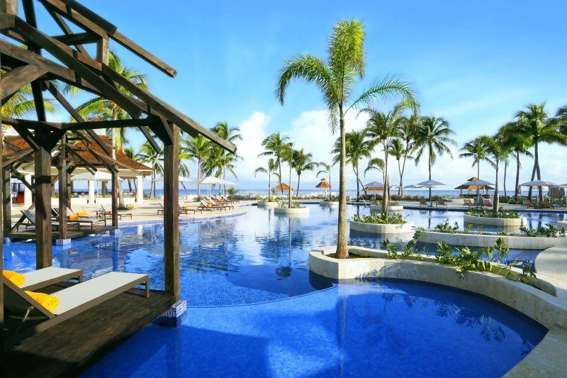 The ritz carlton golf and spa resort cheap vacations for Cheap spa resort packages
