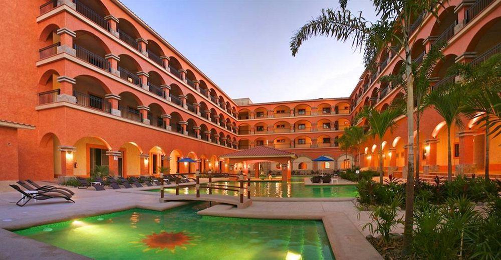 Marina Park Plaza Condo Hotel