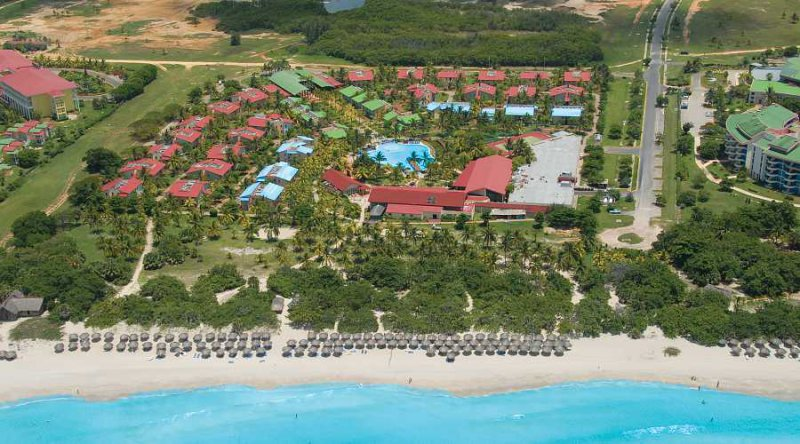 Vacation deals to be live turquesa varadero vacation for Cheap mini vacations for couples