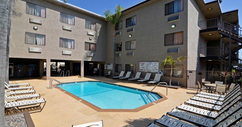 best western plus suites anaheim
