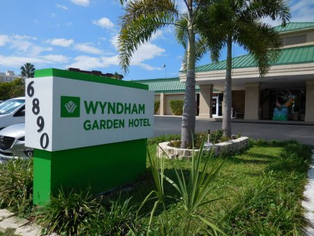 Wyndham Garden Fort Myers Beach Cheap Vacations Packages Red Tag Vacations