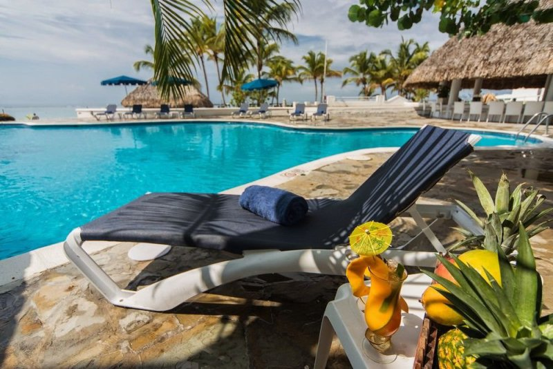 Be Live Experience Hamaca Suites Cheap Vacations Packages Red Tag Vacations