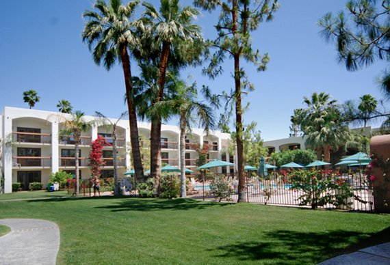 Palm mountain resort and spa cheap vacations packages for Palm springs strip hotels