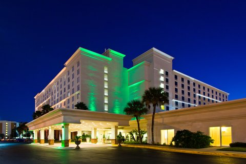 Holiday Inn And Suites Across Universal, Orlando