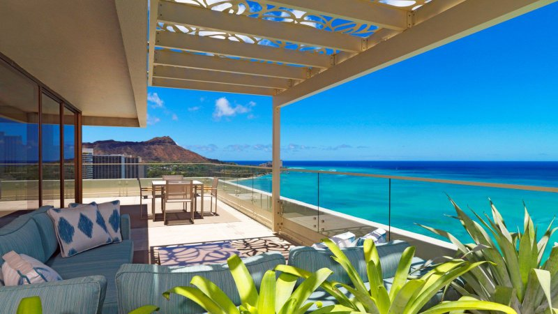 Moana surfrider a westin resort and spa cheap vacations for Hawaii home building packages