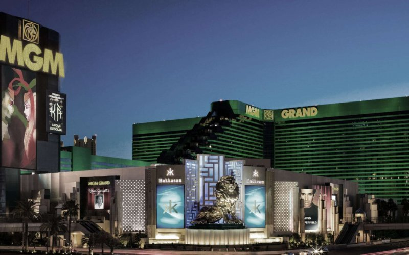 Las Vegas Hotel on The StripPools & Cabanas · Earn M life Tier Credits · TOPGOLF · MGM Grand Garden ArenaAmenities: Pools & Cabanas, Grand Spa & Fitness, Mobile Check-In, WiFi.