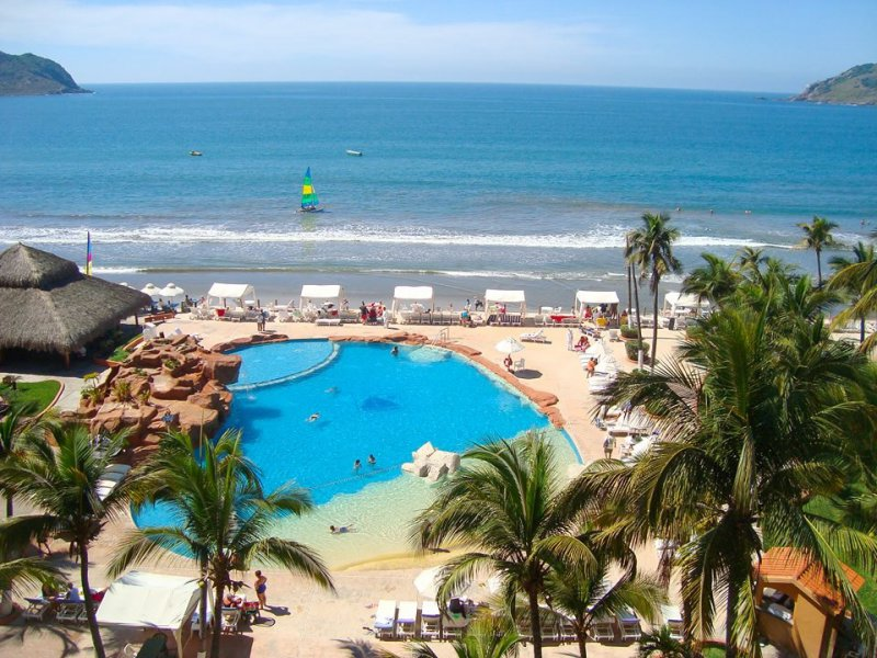 Costa De Oro Beach Hotel Cheap Vacations Packages Red