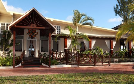 Sea Breeze Beach House, Bridgetown