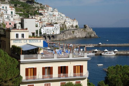 toronto to amalfi vacation packages cheap deals to. Black Bedroom Furniture Sets. Home Design Ideas