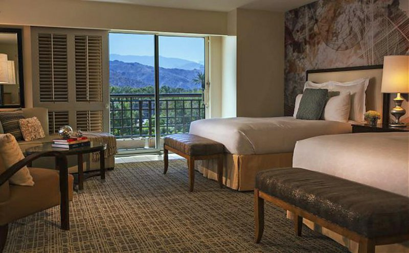 Last Minute Hotel Rooms Palm Springs