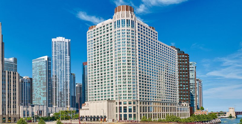 sheraton grand chicago cheap vacations packages red tag. Black Bedroom Furniture Sets. Home Design Ideas