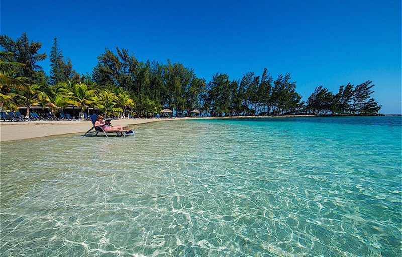Fantasy Island Beach Resort Reviews