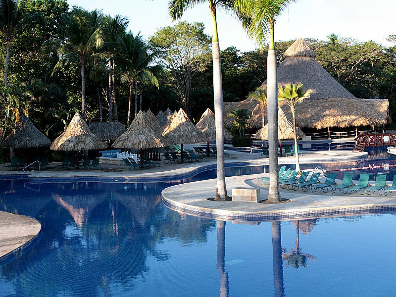 Barcelo Tambor Beach Cheap Vacations Packages | Red Tag Vacations