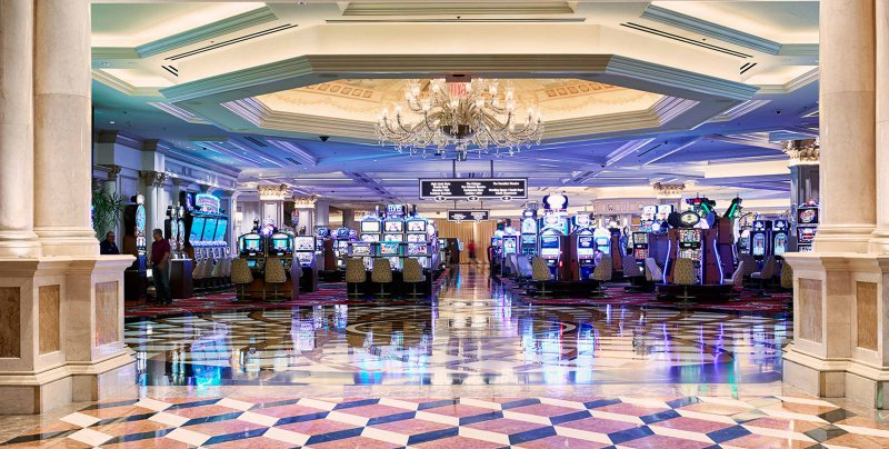 Las vegas strip hotel deals august 2018 coupon code for for Cheap hotels near las vegas motor speedway