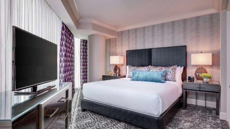 54 - Mandalay Bay Resort And Casino, Las Vegas, Run of House Room, Guest Room 55 - Mandalay Bay Resort And Casino, Las Vegas, Delano King Suite, Guest Room 56 - Mandalay Bay Resort And Casino, Las Vegas, Delano Queen Suite, Guest Room/5(K).